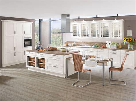 küche mit kochinsel kaufen wohnzimmer regale design