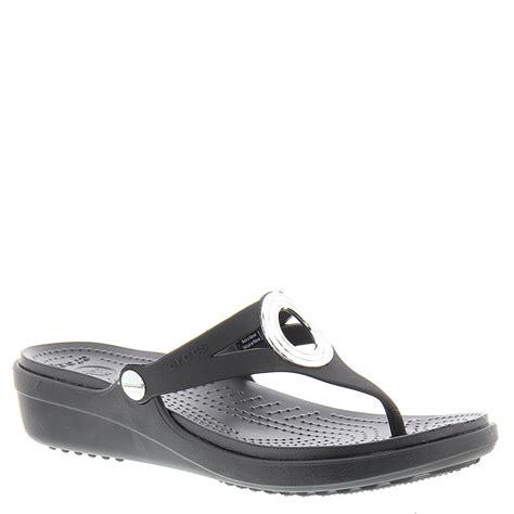 crocs sanrah sandal crocs sanrah beveled circle wedge flip s sandal ebay