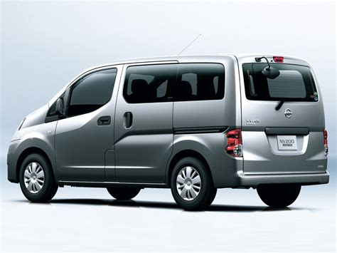 nissan nv200 specs 2011 nissan nv200 vanette reviews photos price