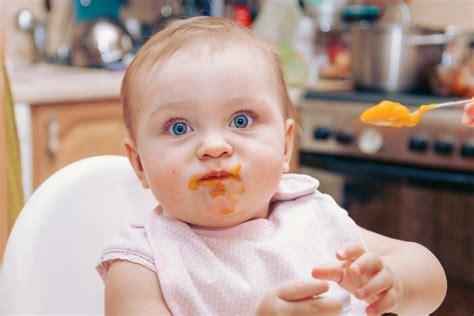 alimentazione e diarrea durante lo svezzamento possono verificarsi stipsi e