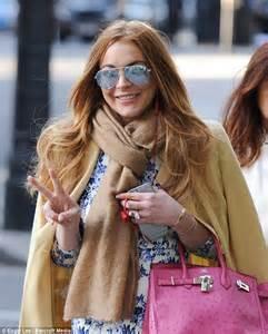 Style Stealer Lindsay Lohans Blue Dress 2 by Lindsay Lohan Looks Ladylike In Floral Dress As She Steps