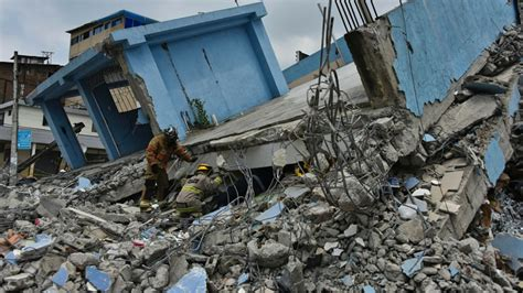 imagenes fuertes terremoto ecuador terremoto ecuador 7 8 grados actualidad trome pe