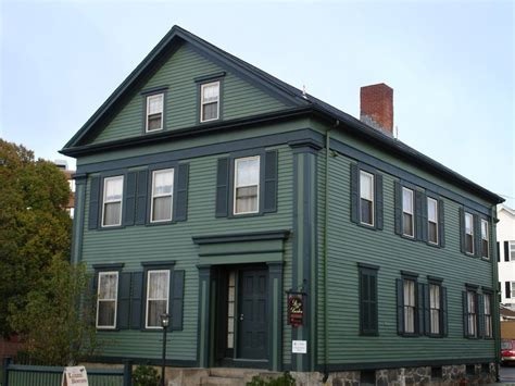 lizzie borden bed breakfast 10 places horror fans need to visit this summer