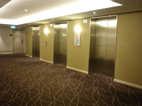 theme hotel elevator problem elevators picture of rydges world square sydney hotel