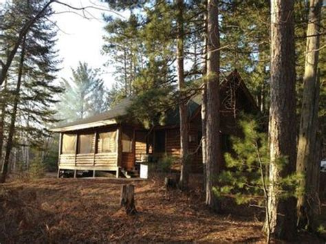 Secluded Cabin Rentals In Michigan by Secluded Log Home On Lake Vrbo