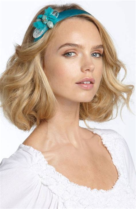 headband hairstyles medium hair blonde medium length wavy hairstyle with a side part and