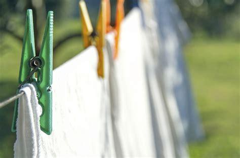 4 astuces pour re blanchir le linge darty vous