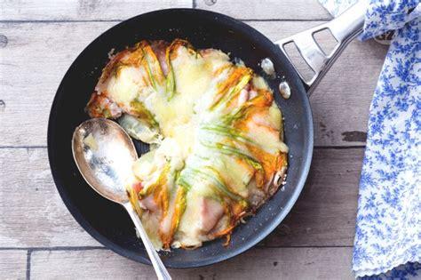 come cucinare patate in padella ricetta tortino di patate in padella la ricetta di