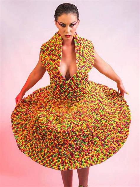 loom band dress video 16 first child to make a adult first loom bands now sweets introducing the world s
