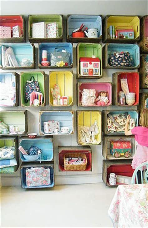 membuat rumah mainan dari barang bekas 8 inspirasi desain tempat mainan anak agar rumah tak