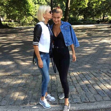 yolanda foster style they know how to keep it casual it cool clothing and
