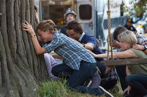 Miracle From Heaven En Miracles From Heaven Review Garner Brings Strength To Of Struggling With