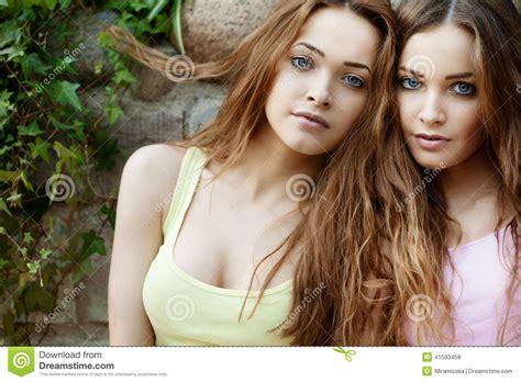 gemelli diversi torrent de dolle tweeling 3 torrent