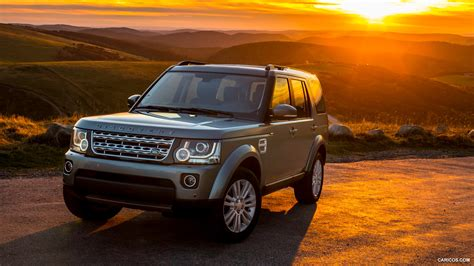 rover car wallpaper hd land rover car hd wallpaper impremedia net