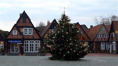 bozen entfernt christbaum aus rathaus um die gef 252 hle von