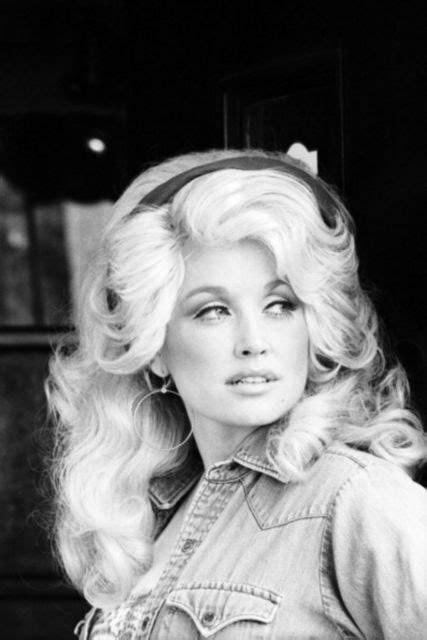 Dolly Parton Hairstyles by 10 Iconic Hairstyles Dolly Parton Rocked Throughout The