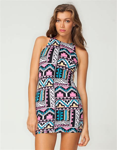 aztec pattern clothes buy motel new zoe bodycon dress in aztec pastel print at