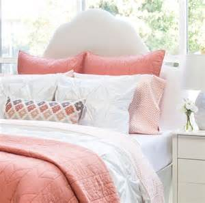 best 25 coral bedroom ideas on coral bedroom
