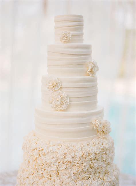 All White Wedding Cakes   Belle The Magazine