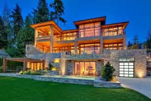 Luxury Homes In Bellevue Wa Waterfront Luxseattle Luxury Seattle Real Estate