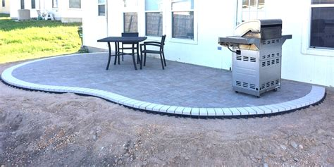 How To Make A Paver Patio How To Build A Kidney Bean Shaped Paver Patio Diy Types
