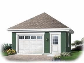 how many square is a 1 car garage 301 moved permanently