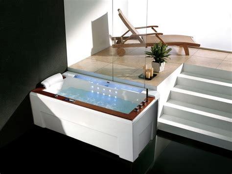 Beheizbare Badewanne by Whirlwanne Whirlpool Beheizbare Exklusive Badewanne Mit