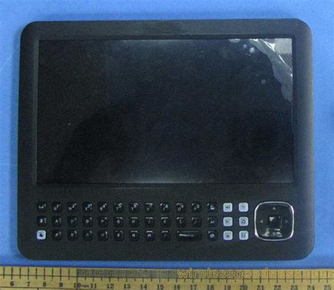 Android With Keypad by Android Tablet With Qwerty Keypad Hits Fcc Notebookcheck