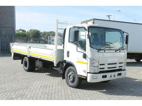 2017 isuzu n series npr 400 with 5mx2 3mx380mm dropside