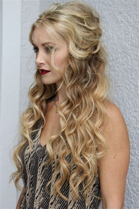 blonde hairstyles down attractive long hairstyle hair hairextensions beauty
