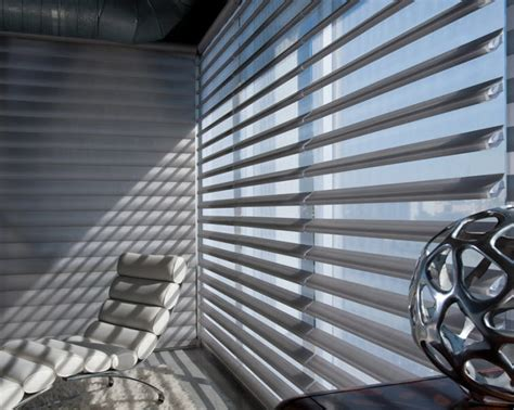 window blinds technology high tech hunter douglas motorized custom window treatments from d 233 corview