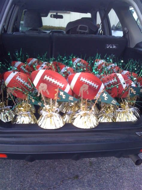 football banquet centerpieces cupcakes for my s football banquet kellymcclory