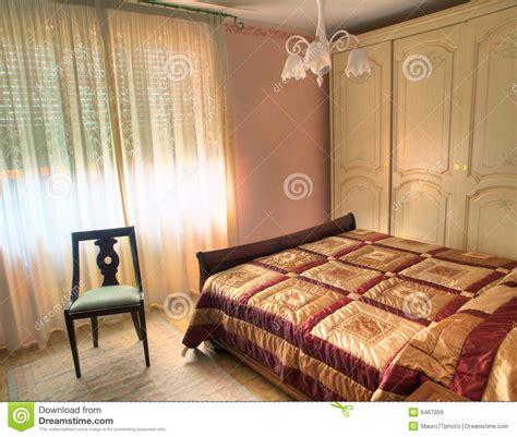 attraente Immagini Di Camera Da Letto #1: camera-da-letto-di-lusso-classica-6467059.jpg