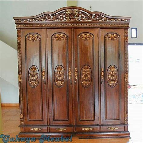Lemari Pakaian Jati Ukir lemari pakaian 4 pintu ukir kayu jati cahaya mebel jepara