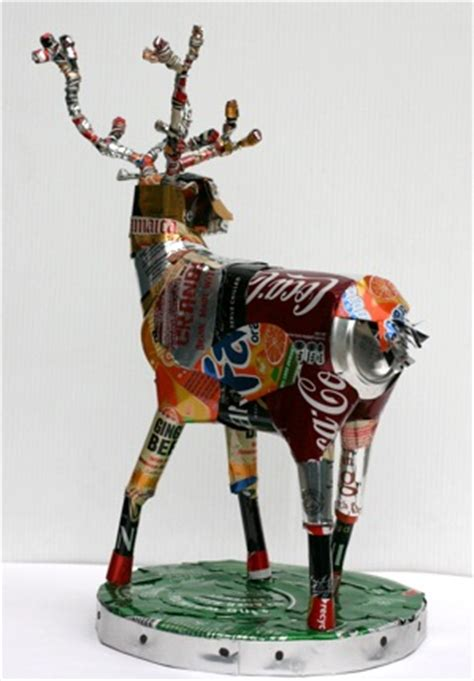 can sculpture elk sculpture made from aluminium cans