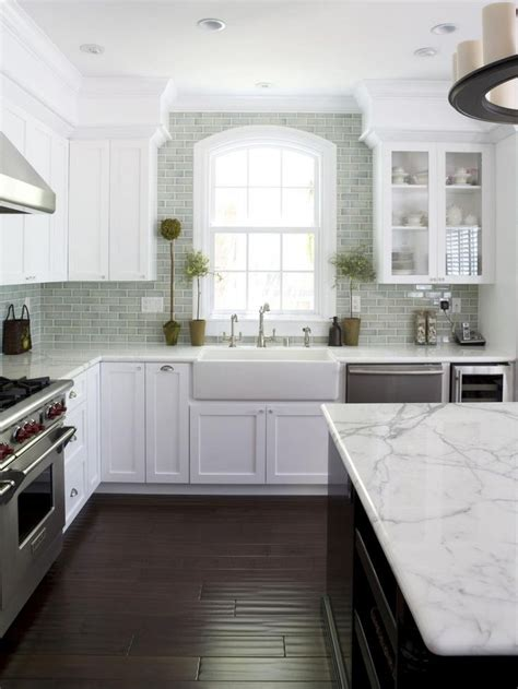 backsplash tiles for kitchens 30 kitchen subway tile backsplash ideas small room