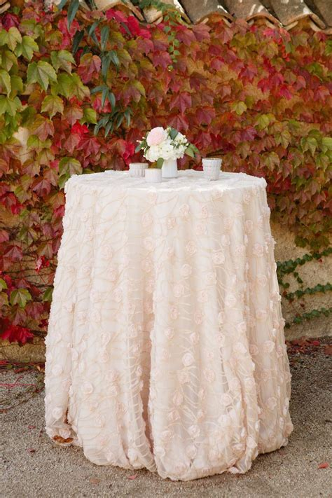 Best 25  Wedding linens ideas on Pinterest   Wedding table