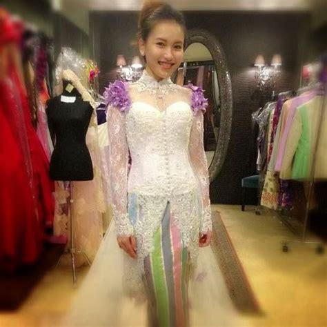 gambar gaun kebaya rancangan ivan gunawan gaun kebaya modern ivan gunawan terbaru yang istimewa