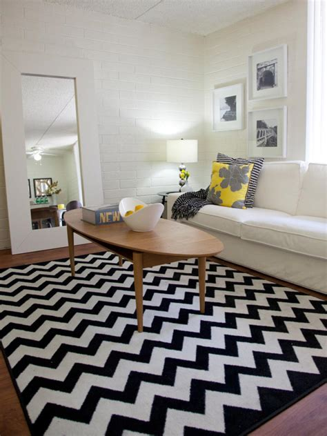 Chevron Rug Living Room by Britany Simon S Design Portfolio Hgtv Design Hgtv