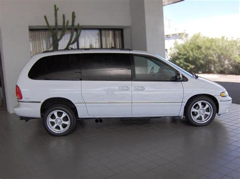 1997 Chrysler Town And Country by 1997 Chrysler Town And Country Information And Photos
