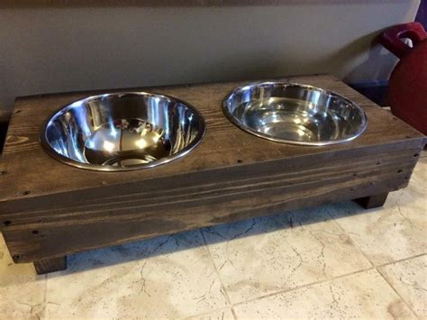 DIY Pallet Dog Bowl Stand Plans   Pallet Wood Projects
