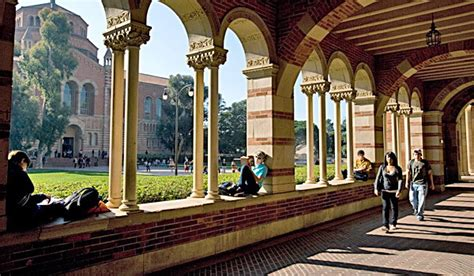 Cost Of Mba Program At Ucla by Finance Degree Center Your Guide To Getting An Education