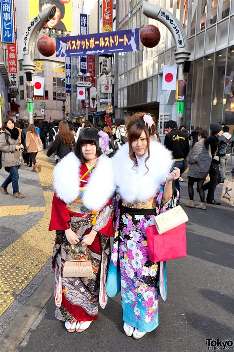 coming of age kimono pictures on coming of age day in tokyo 2012