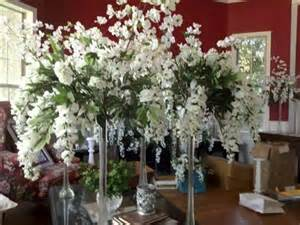 White Eiffel Tower Vases Centerpieces White Flowers W Eiffel Tower Vases The Knot