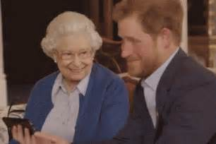 Vanity Fair Royal Watch Prince Harry And The Queen Dropped The Social Media Mic On