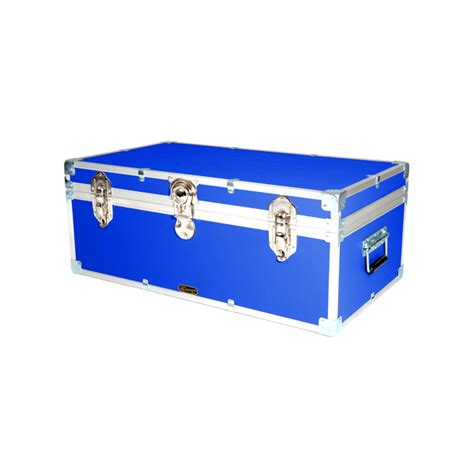 luggage trunks 33 quot luggage trunks mossman trunks