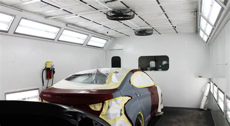 car paint shop 5 reasons you should take your car to a certified