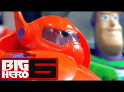 Kaos Hiro New Superman Limited big 6 images introduce baymax and hiro hamada worldnews