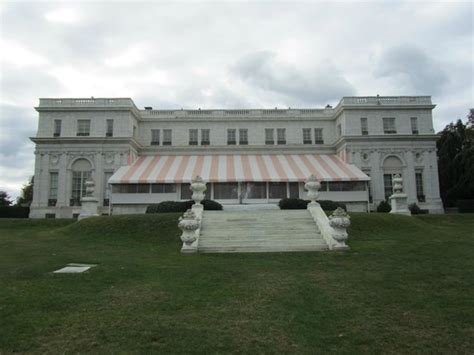rosecliff mansion s backyard picture of newport mansions