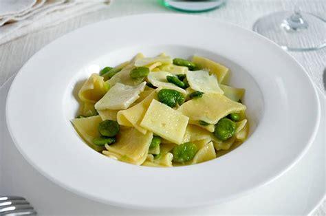 fave cucina ricetta pasta fave e pecorino la ricetta della cucina